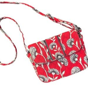 VERA BRADLEY RED FLORAL QUILTED CROSSBODY BAG!